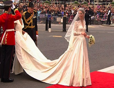 Kate Middleton's Wedding Dress Revealed!