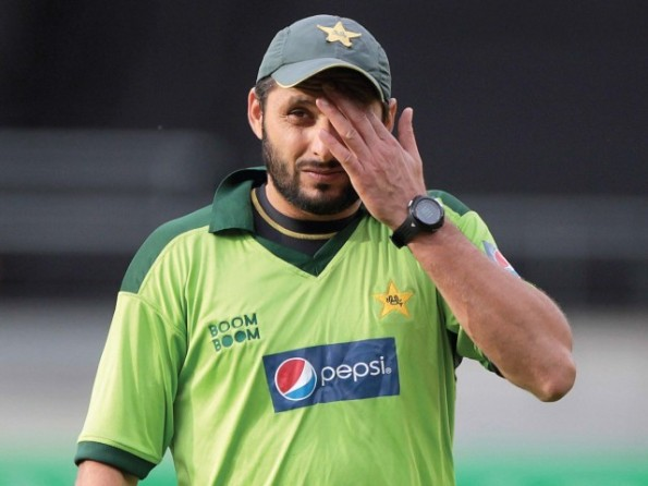 afridi anounces his retirenment